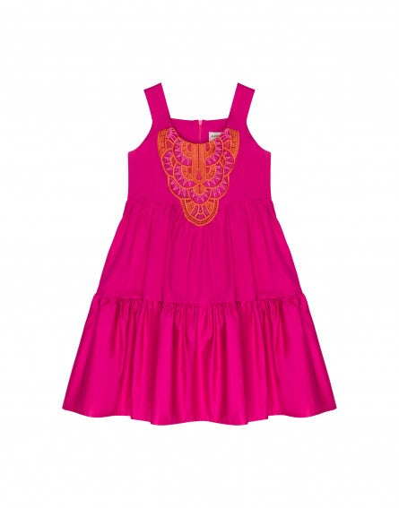 Junior dress with macramé lace