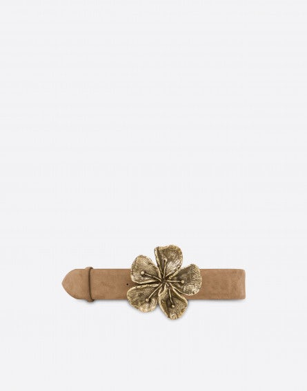 Suede belt with flower buckle